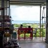 玉城の島野菜直売所「花野果村」